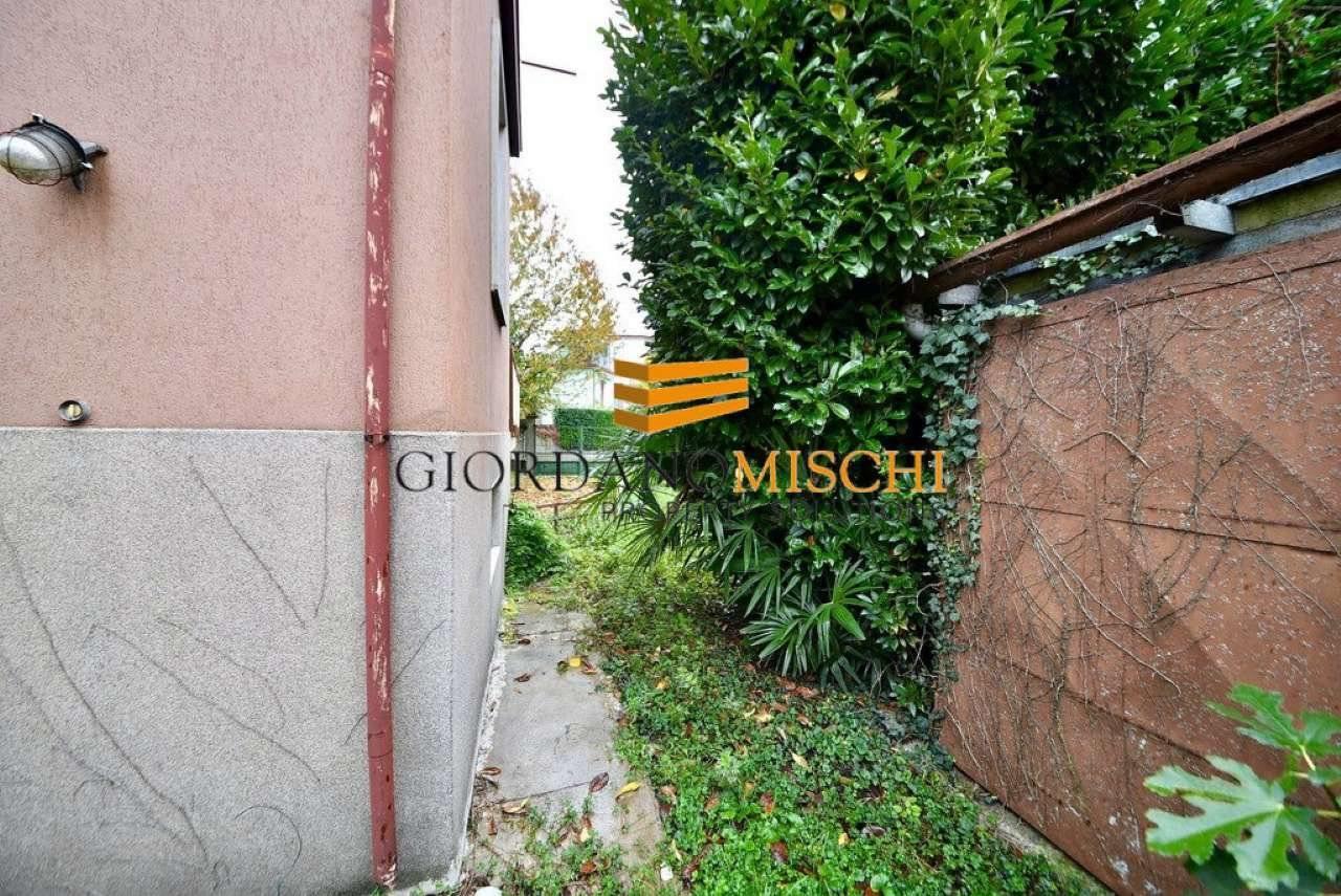 Foto 10 - Villa in Vendita - Vedano al Lambro (Monza e Brianza)