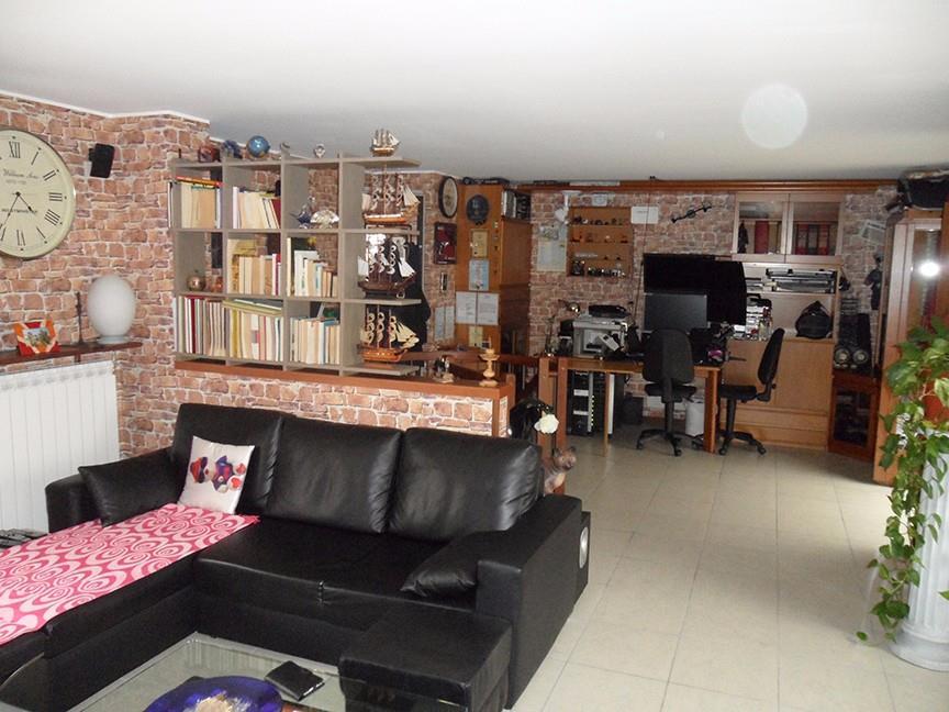 Foto 5 - Appartamento in Vendita - Mariano Comense (Como)