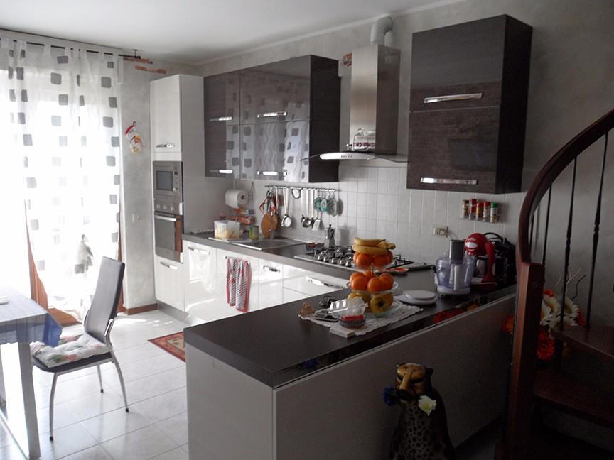Foto 1 - Appartamento in Vendita - Mariano Comense (Como)