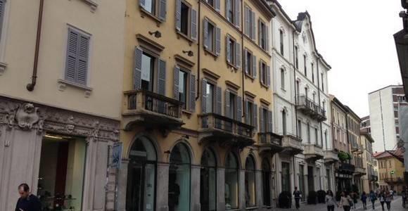 Foto 2 - Attività Abbigliamento in Vendita - Monza, Zona Centro Storico