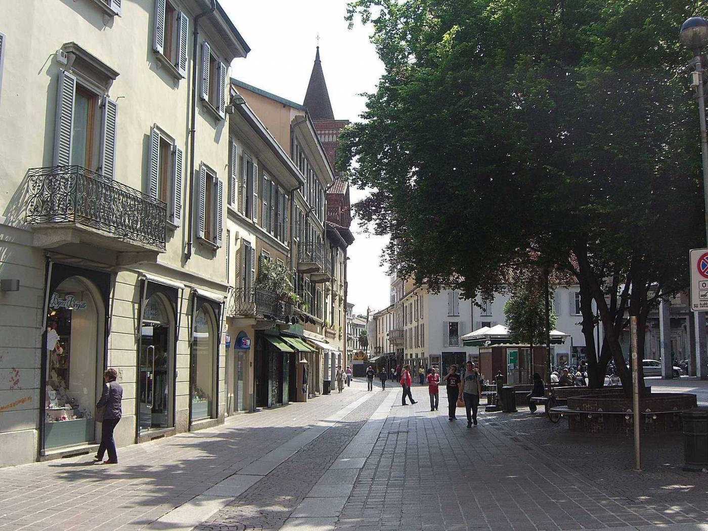 Foto 3 - Attività Abbigliamento in Vendita - Monza, Zona Centro Storico