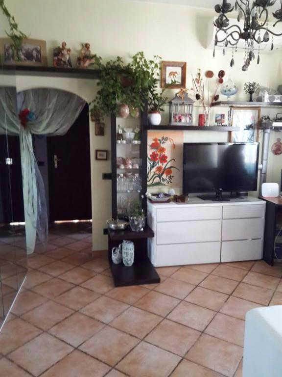 Foto 2 - Appartamento in Vendita - Lazzate (Monza e Brianza)