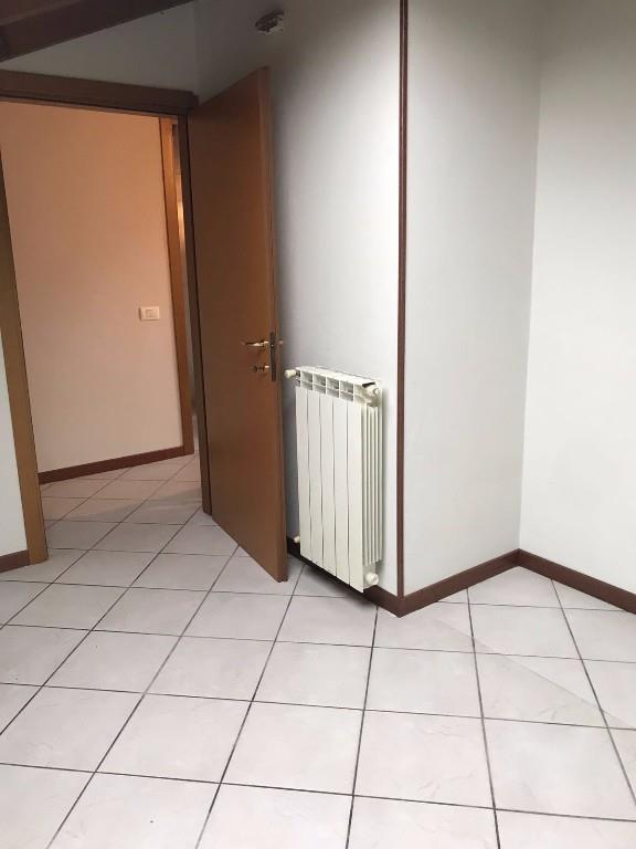 Foto 6 - Appartamento in Vendita - Lambrugo (Como)
