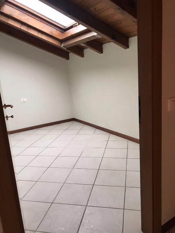 Foto 8 - Appartamento in Vendita - Lambrugo (Como)