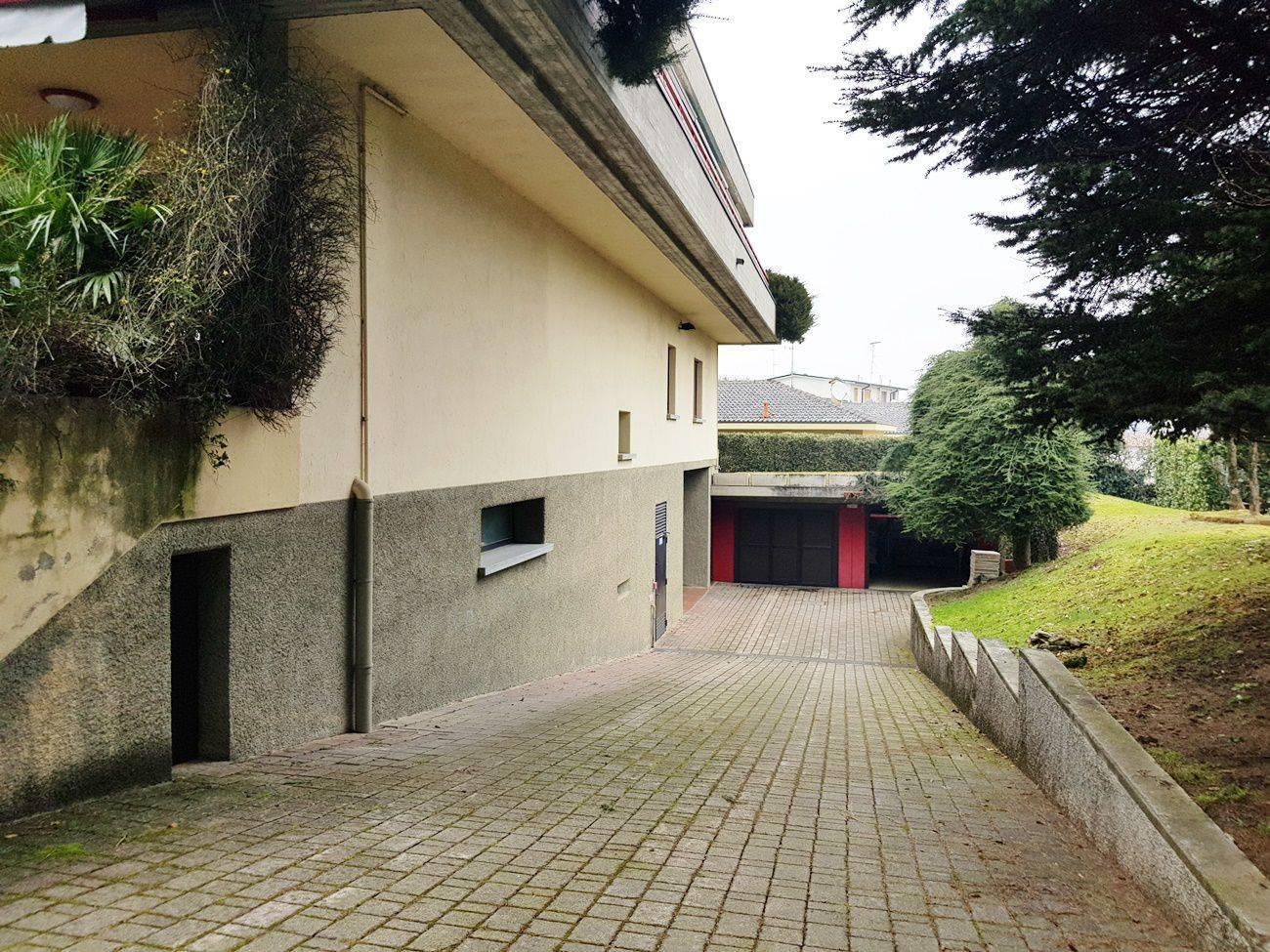 Vendesi Porzione di casa, Terratetto unifamiliare via Sant ...