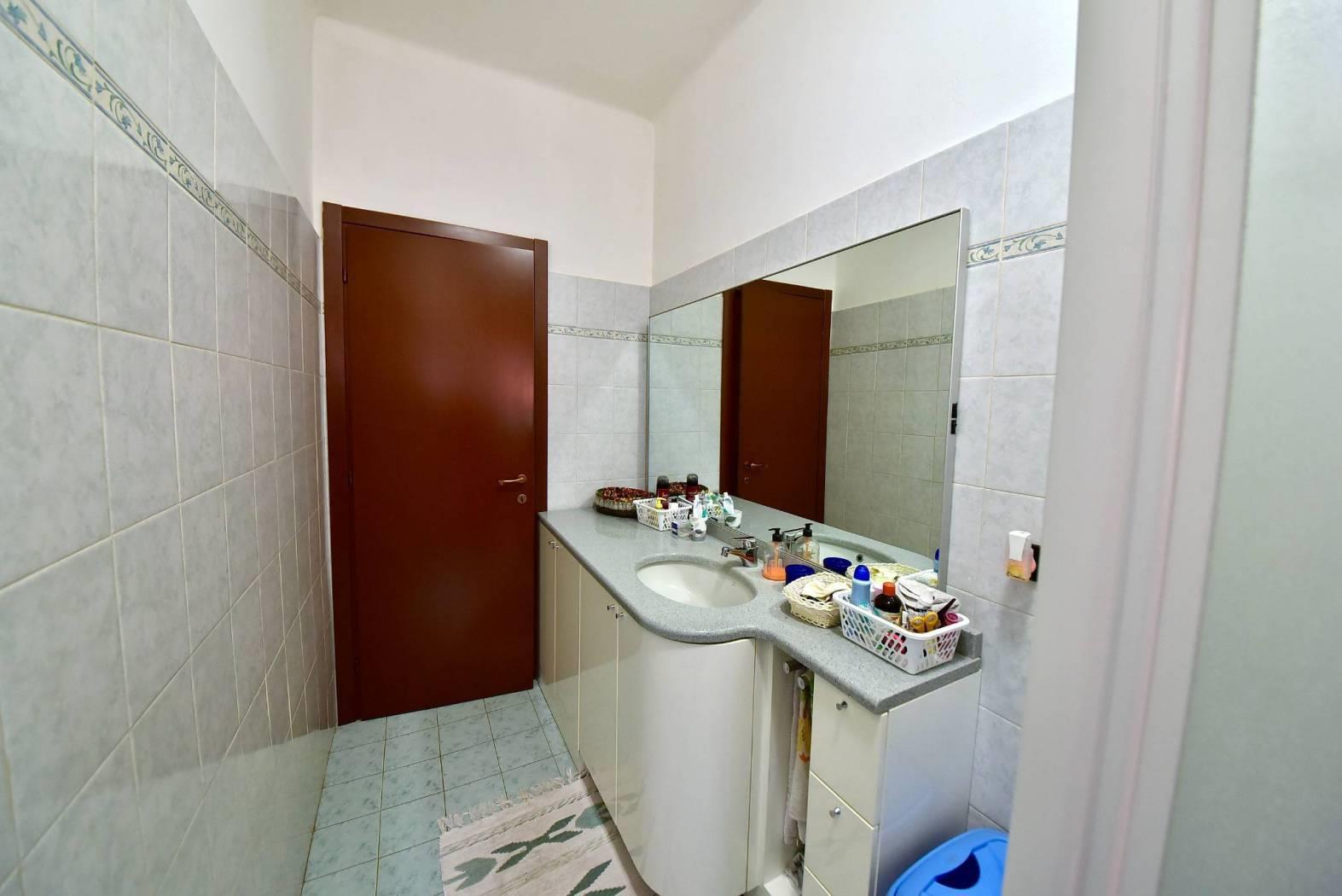 Foto 11 - Appartamento in Vendita - Desio (Monza e Brianza)