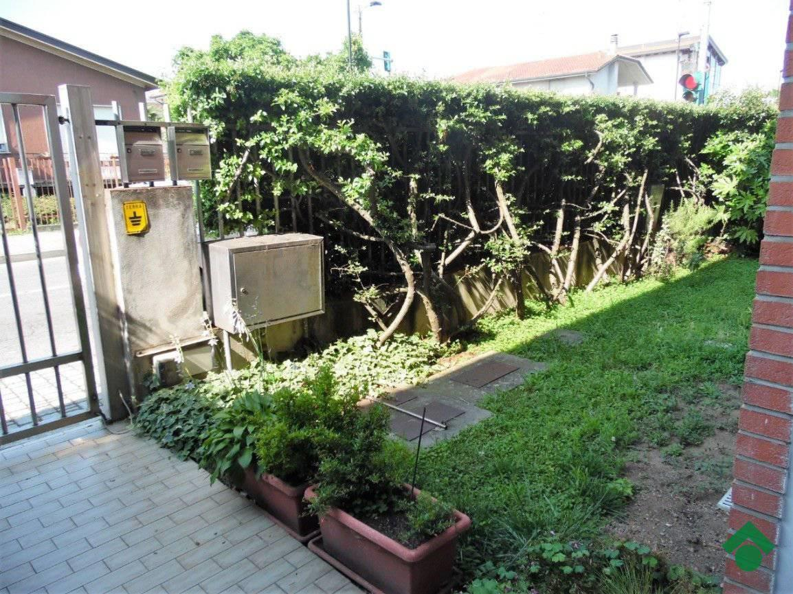 Foto 4 - Villa in Vendita - Limbiate (Monza e Brianza)