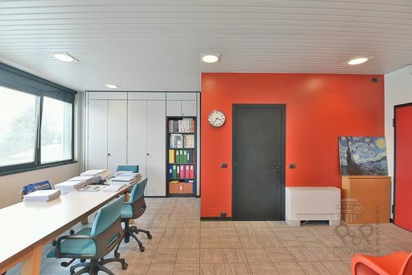 Foto 18 - Ufficio in Vendita - Carate Brianza (Monza e Brianza)