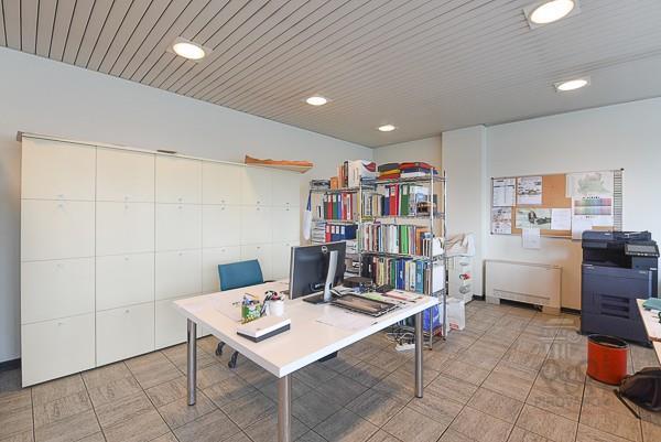 Foto 17 - Ufficio in Vendita - Carate Brianza (Monza e Brianza)