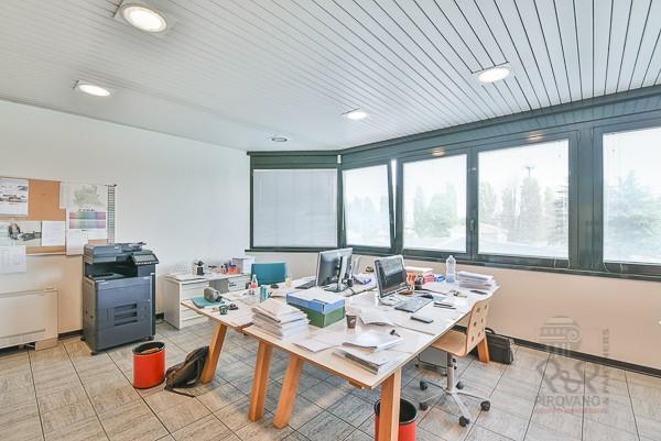 Foto 16 - Ufficio in Vendita - Carate Brianza (Monza e Brianza)