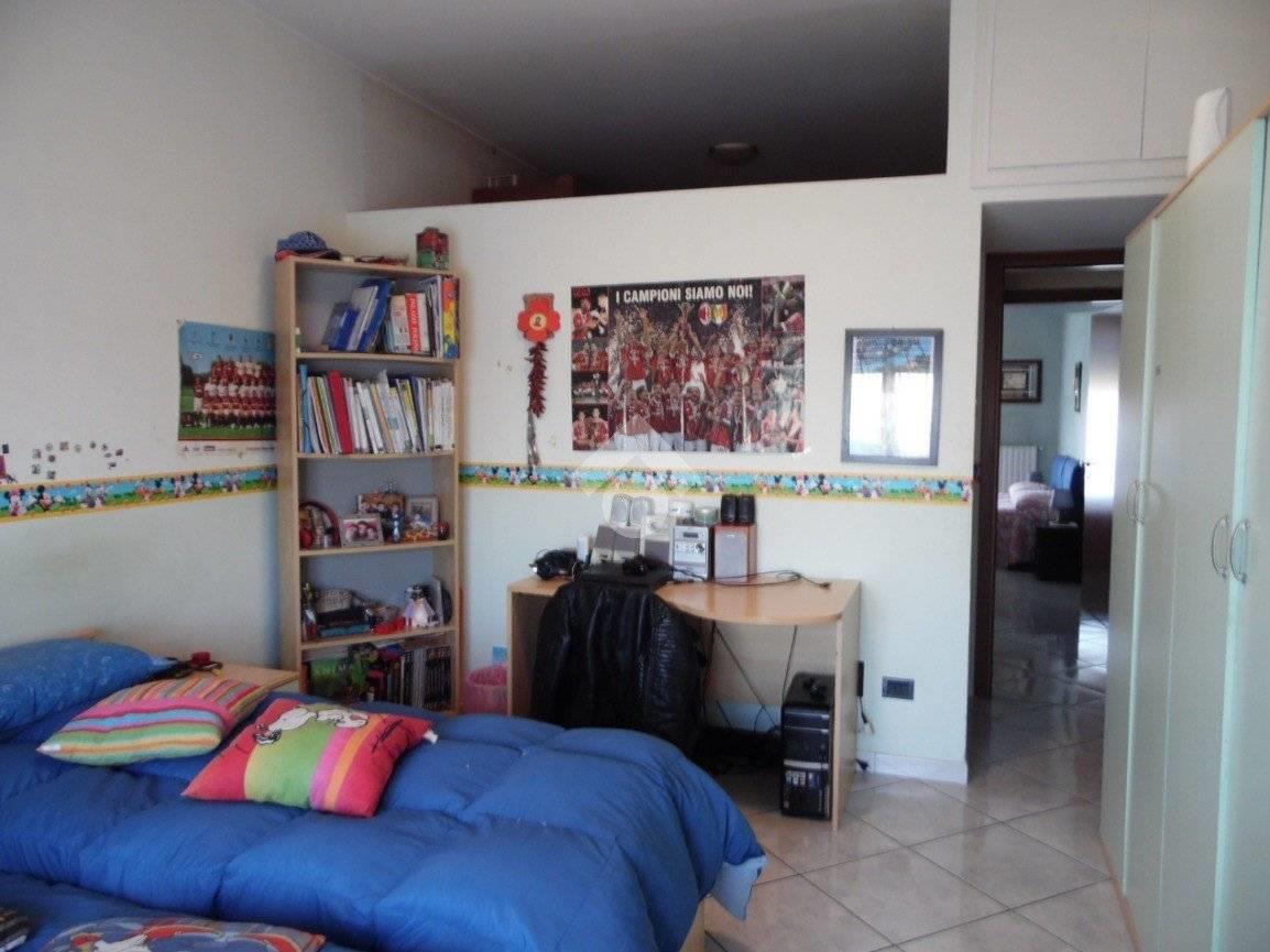 Foto 16 - Appartamento in Vendita - Limbiate (Monza e Brianza)
