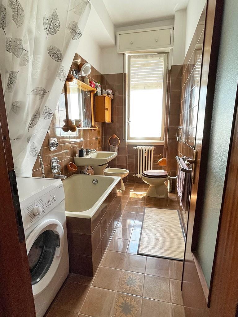 Foto 15 - Appartamento in Vendita - Usmate Velate (Monza e Brianza)