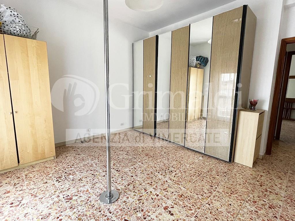 Foto 12 - Appartamento in Vendita - Usmate Velate (Monza e Brianza)