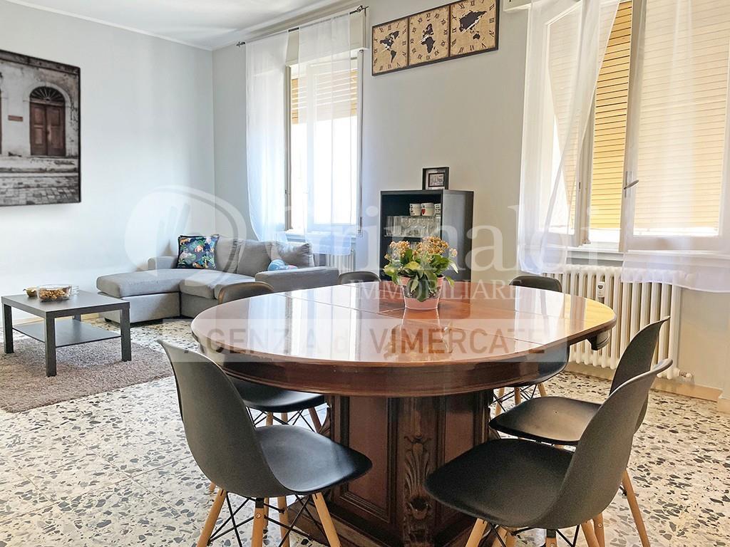 Foto 5 - Appartamento in Vendita - Usmate Velate (Monza e Brianza)