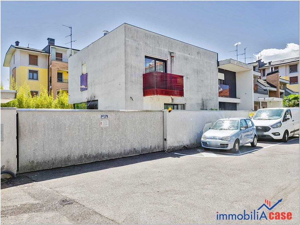 Foto 20 - Villa in Vendita - Limbiate (Monza e Brianza)