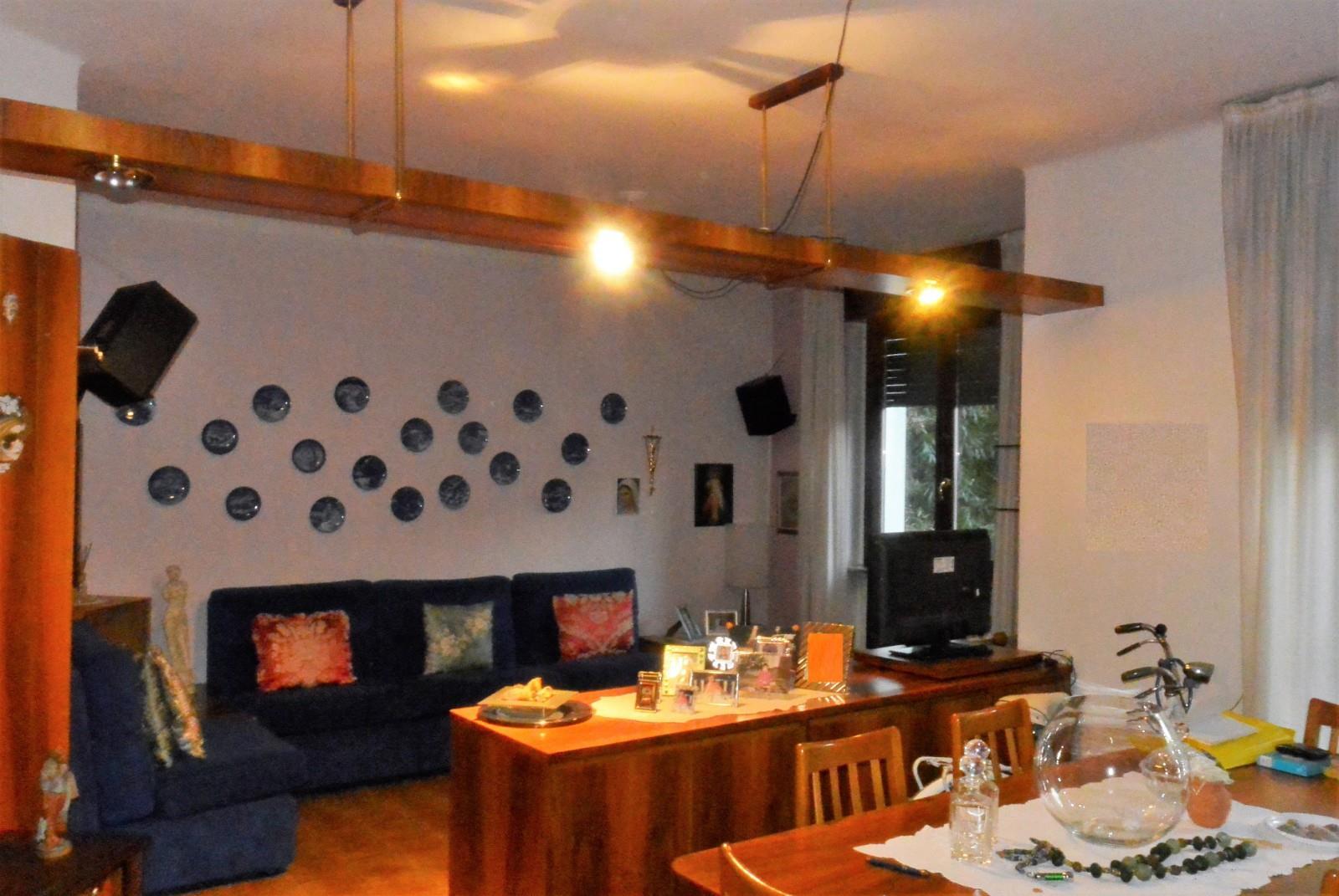 Foto 10 - Appartamento in Vendita - Meda (Monza e Brianza)