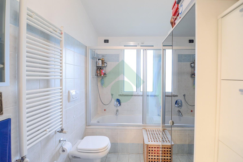 Foto 19 - Appartamento in Vendita - Verano Brianza (Monza e Brianza)