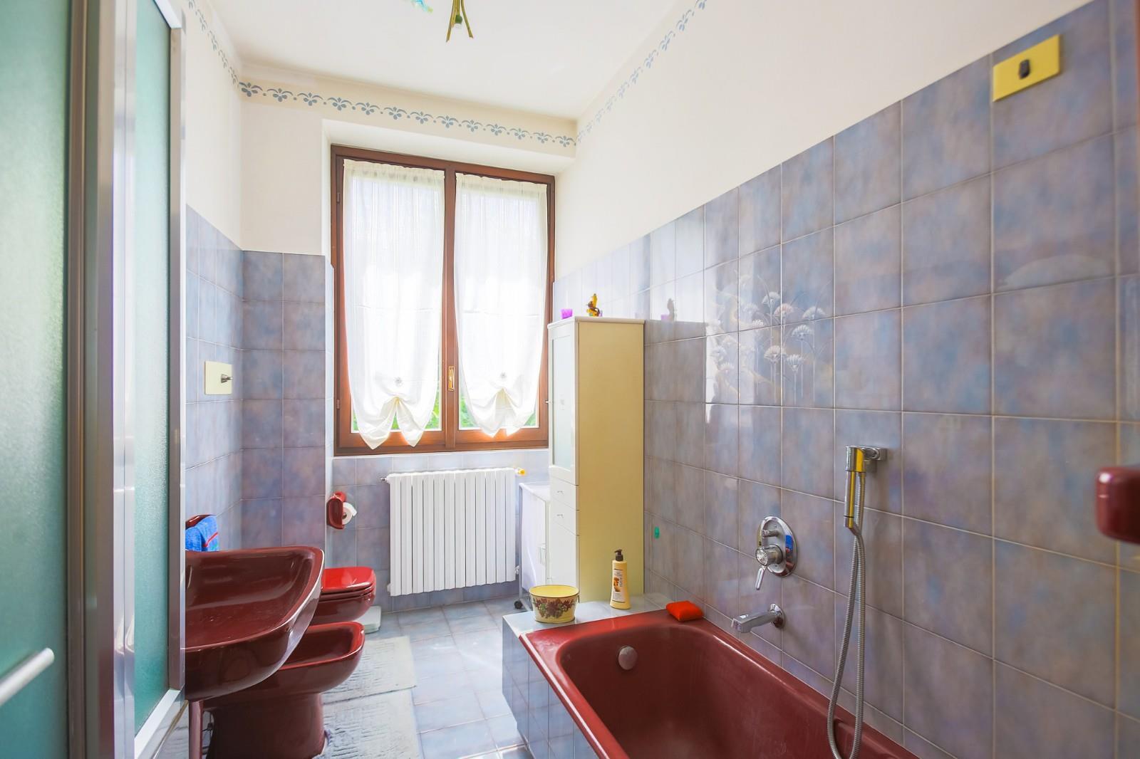 Foto 10 - Appartamento in Vendita - Verano Brianza (Monza e Brianza)