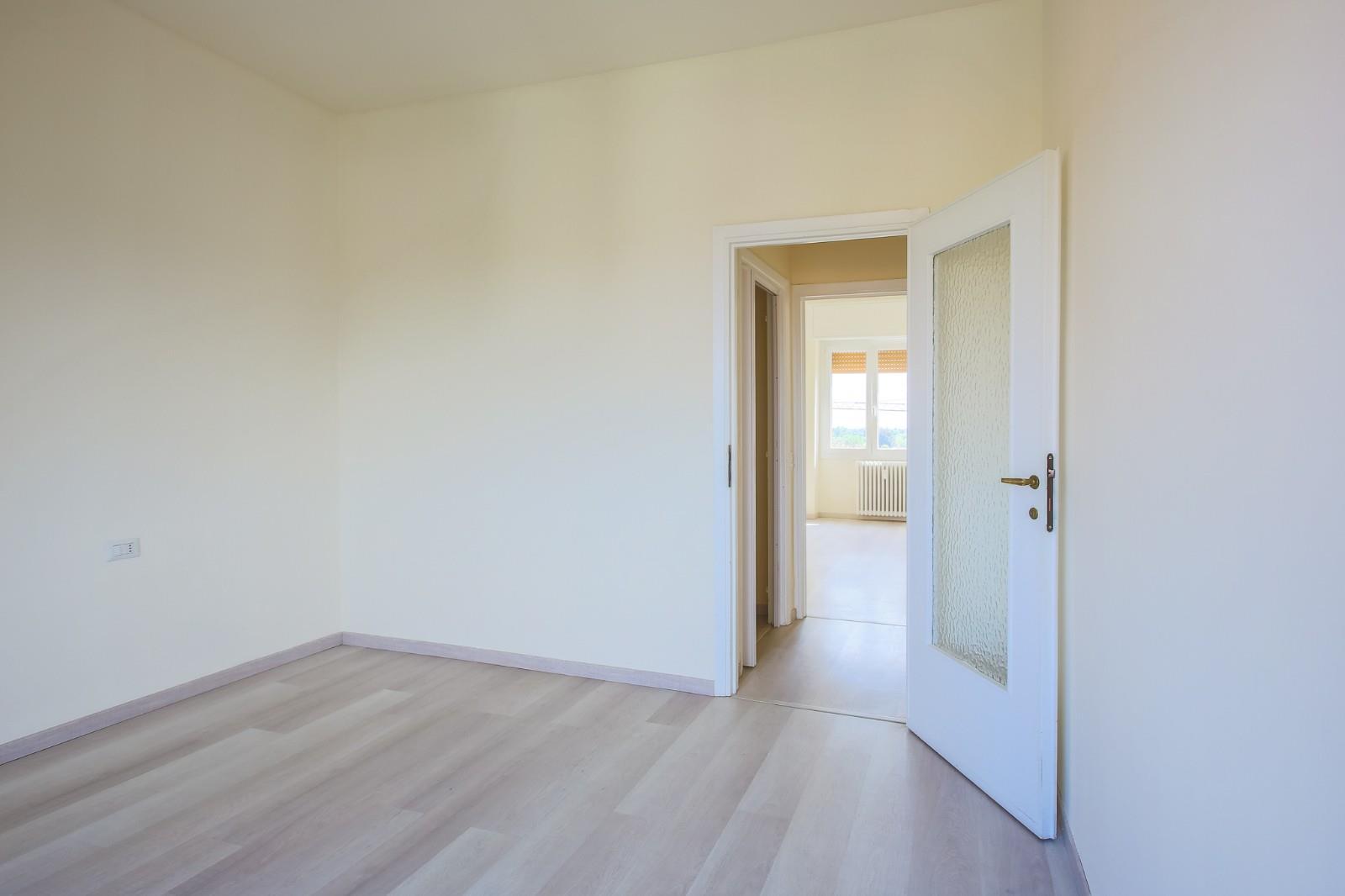 Foto 13 - Appartamento in Vendita - Verano Brianza (Monza e Brianza)