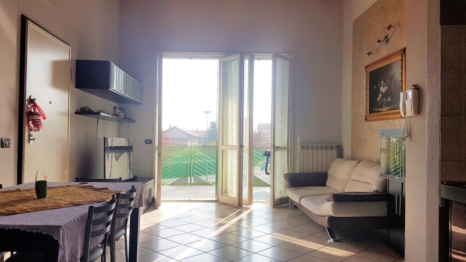 Foto 3 - Appartamento in Vendita - Verano Brianza (Monza e Brianza)