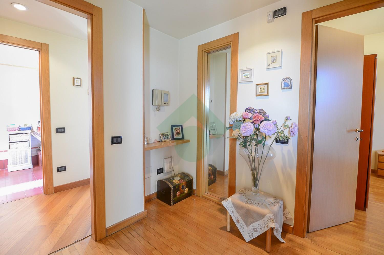 Foto 12 - Villa in Vendita - Verano Brianza (Monza e Brianza)
