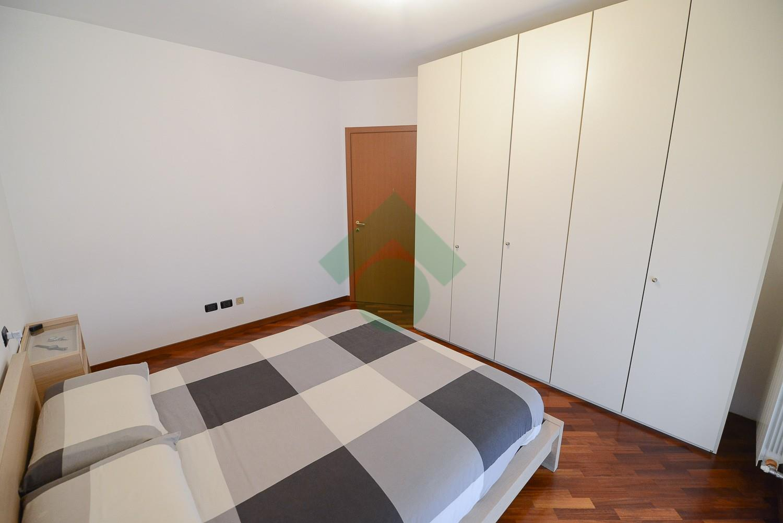 Foto 11 - Appartamento in Vendita - Verano Brianza (Monza e Brianza)
