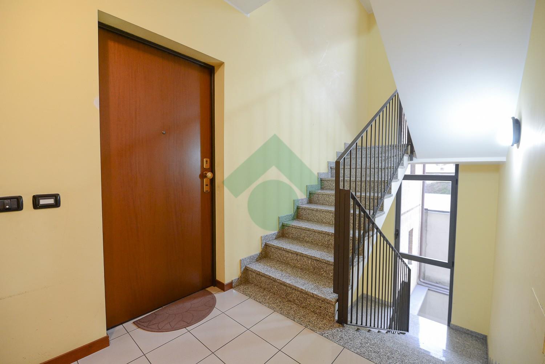 Foto 2 - Appartamento in Vendita - Verano Brianza (Monza e Brianza)
