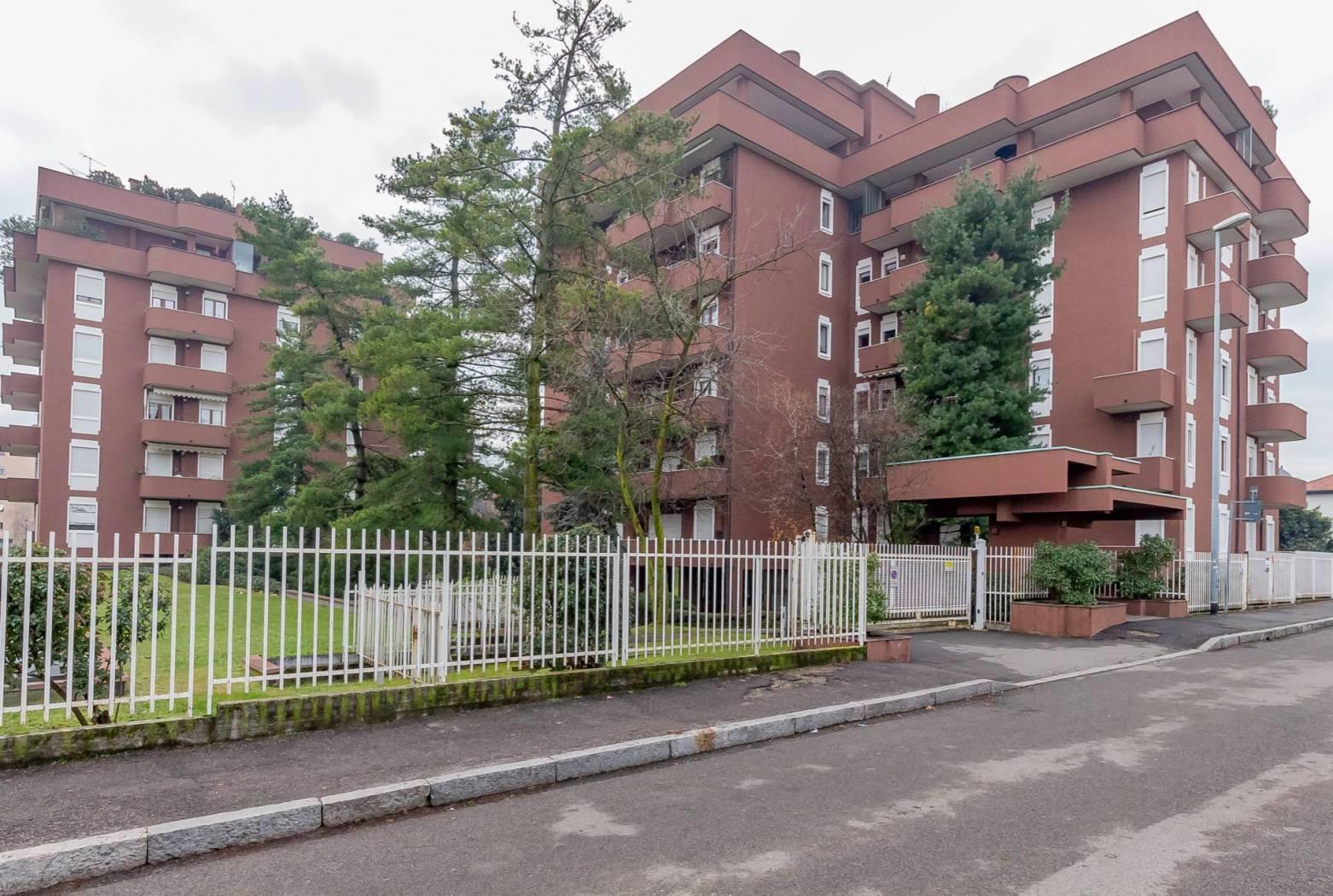 Foto 12 - Appartamento in Vendita - Monza, Zona San Carlo