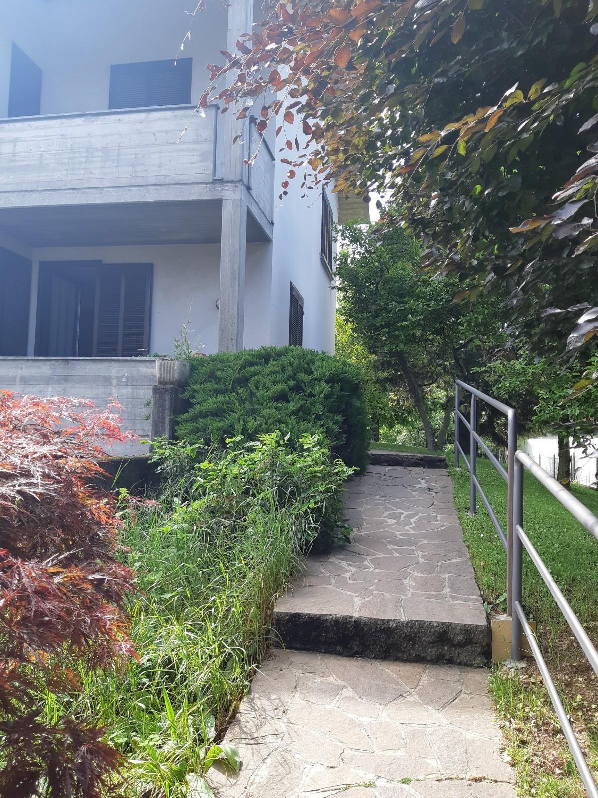 Foto 1 - Villa in Vendita - Sulbiate (Monza e Brianza)