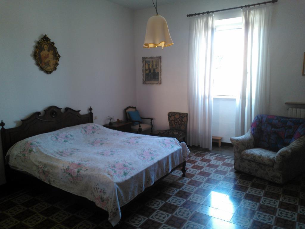 Foto 1 - Rustico/Casale in Vendita - Casnate con Bernate (Como)