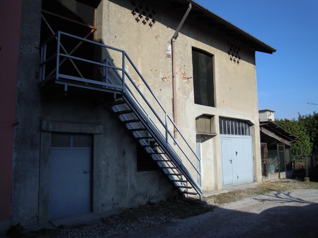 Foto 6 - Rustico/Casale in Vendita - Casnate con Bernate (Como)