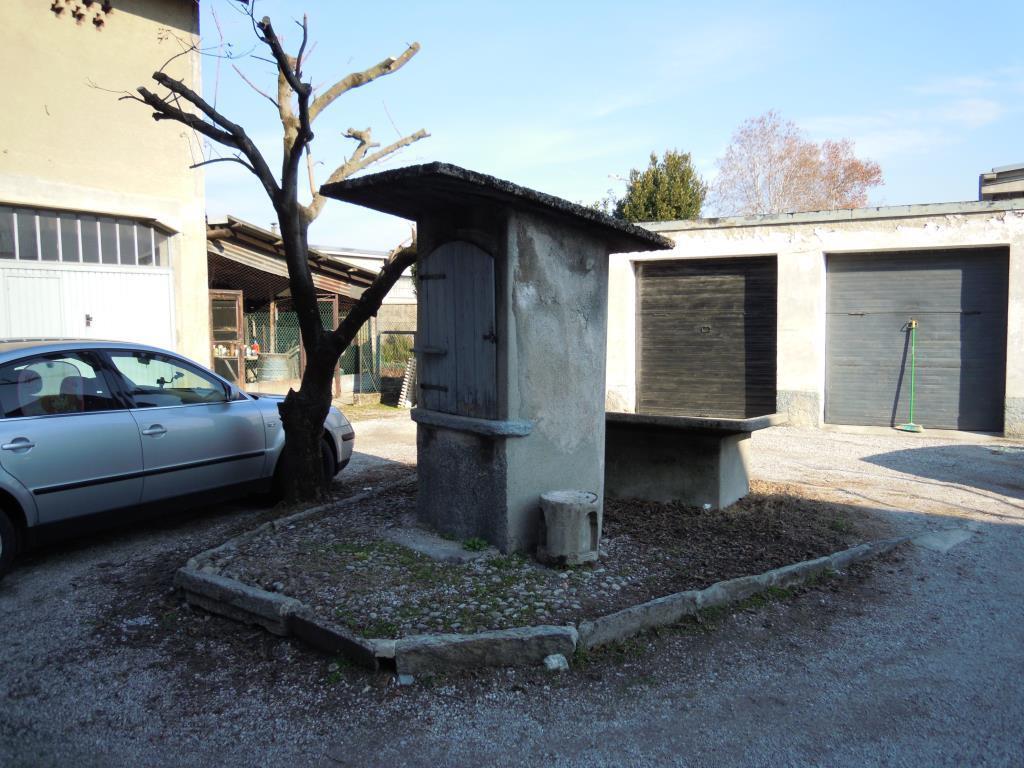 Foto 5 - Rustico/Casale in Vendita - Casnate con Bernate (Como)
