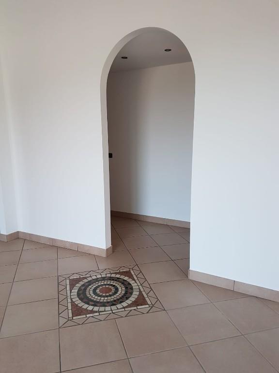 Foto 4 - Appartamento in Vendita - Ponte Lambro (Como)