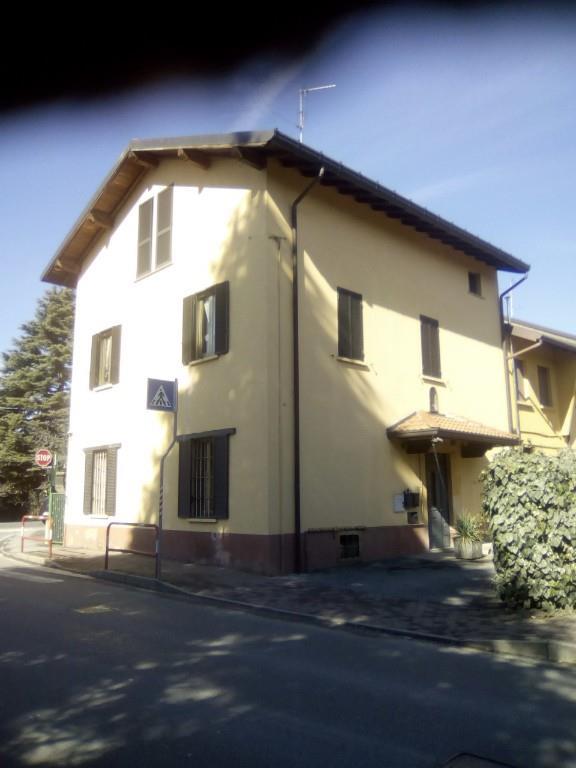Foto 2 - Appartamento in Vendita - Casatenovo, Frazione Rogoredo